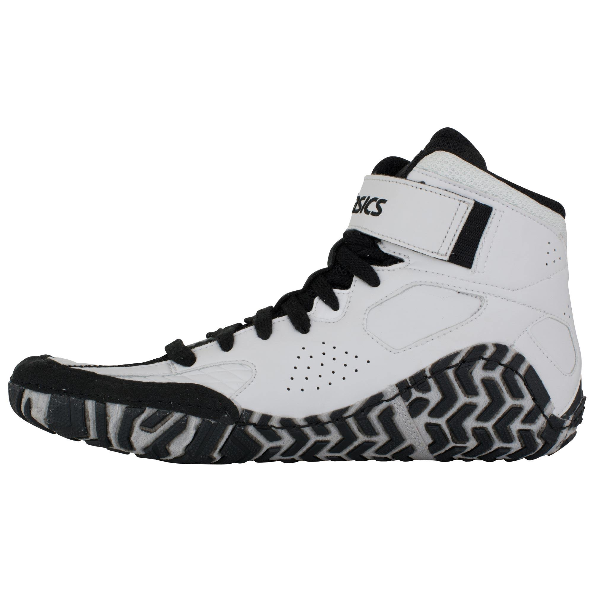e69514381b9 ... Aggressor 2 White Black Silver frontAsics Aggressor 2 White Black Silver  backAsics Aggressor 2 White Black Silver sole